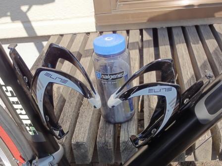 bottlecage.jpg